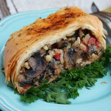 Mediterranean lentil wraps in phyllo dough