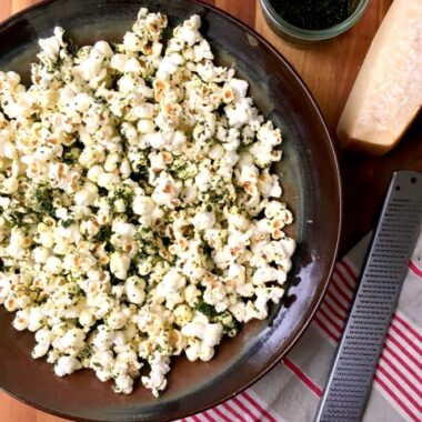 kale dusted popcorn