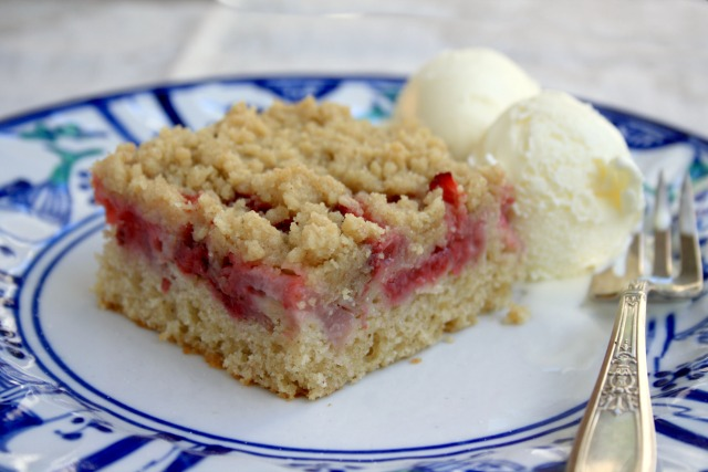 Baked strawberry shortcake with crumb topping is easy, delicious, and can be made with any kind of berry or summer fruit.